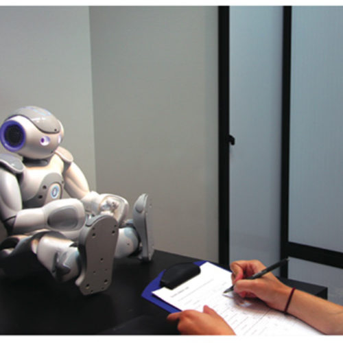 What Robot Behavior Makes People Feel Uncomfortable?