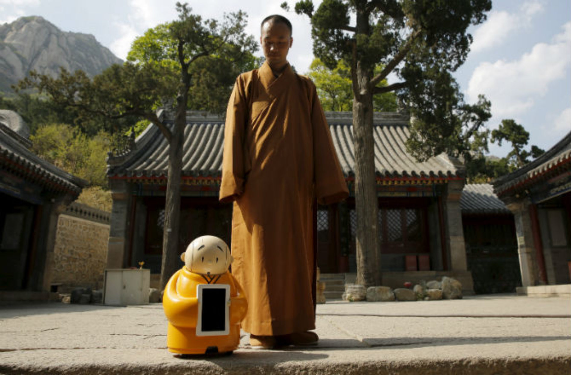Robots as a spirituality guides?