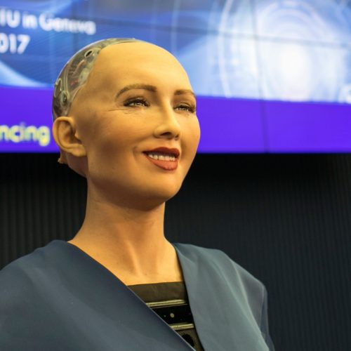 Meet The Saudi Arabian Robotic Citizen